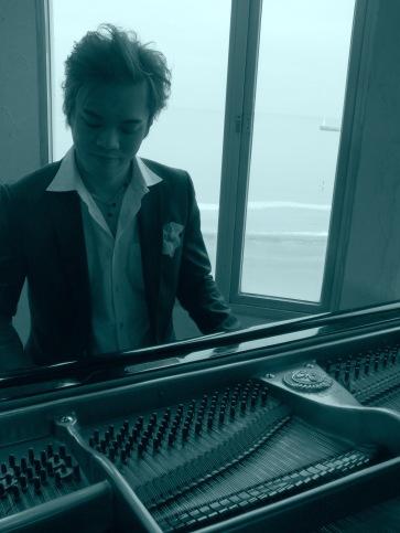 ryotaro-pianojobim1
